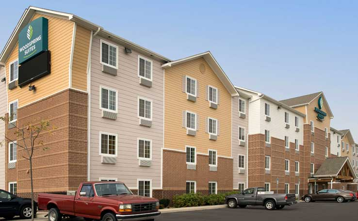 Extended Stay Hotels in Cleveland, OH | WoodSpring Suites