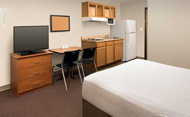 Extended Stay Hotels in Evansville, IN | WoodSpring Suites