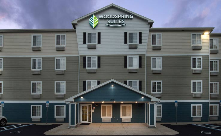 Extended Stay Hotels in Lakeland, FL | WoodSpring Suites