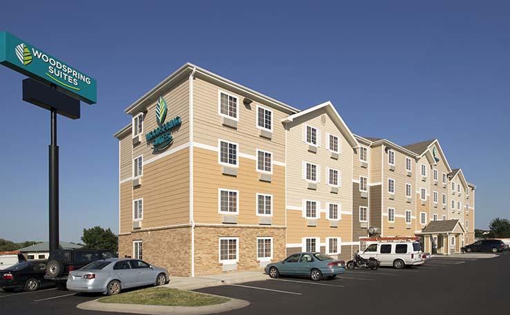 hotext ne center south hotel index en fittoboxsmalldimension inn hx nebraska lincoln park hotels heritage lnknehx exterior hampton