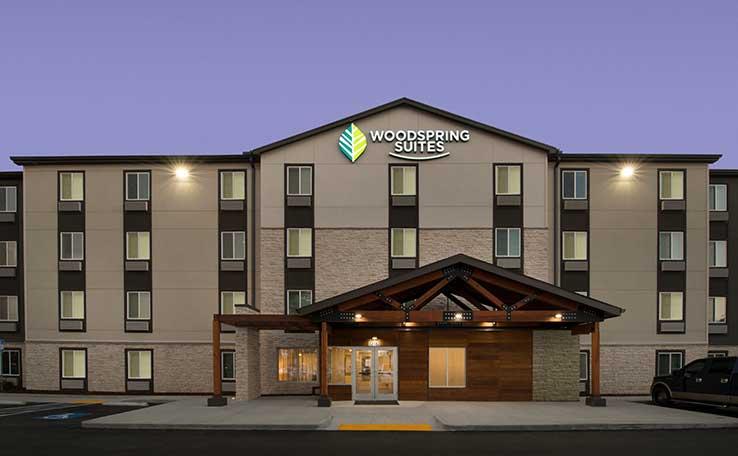 extended stay hotels in temple terrace fl woodspring suites. Black Bedroom Furniture Sets. Home Design Ideas