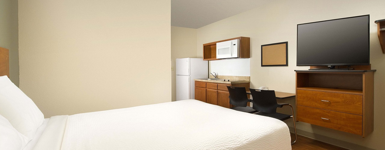 Extended Stay Hotel Room and Features | WoodSpring Suites
